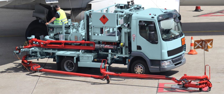 Verstärkte Stoßdämpfer von Marquart für Flughafen-Servicefahrzeuge