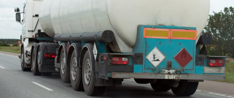 Verstärkte Stoßdämpfer von Marquart für Gefahrgut-LKW