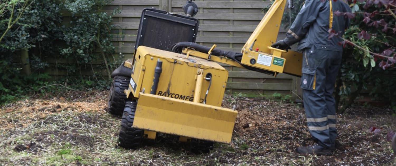 Verstärkte Stoßdämpfer für Maschinen in der Landschaftspflege